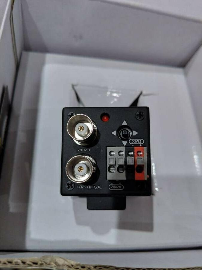Marshall CV502-MB Lens, 2.5MP Broadcast Camera