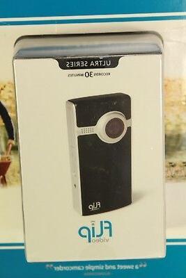 NIB Flip 1GB 2x Zoom
