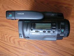 sony 8mm video8 Hi8 analog NTSC camcorder sony CCD-TR700 Hi8