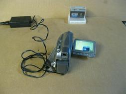 Canon ZR700 MiniDv SD Card Camcorder Camera with Battery and